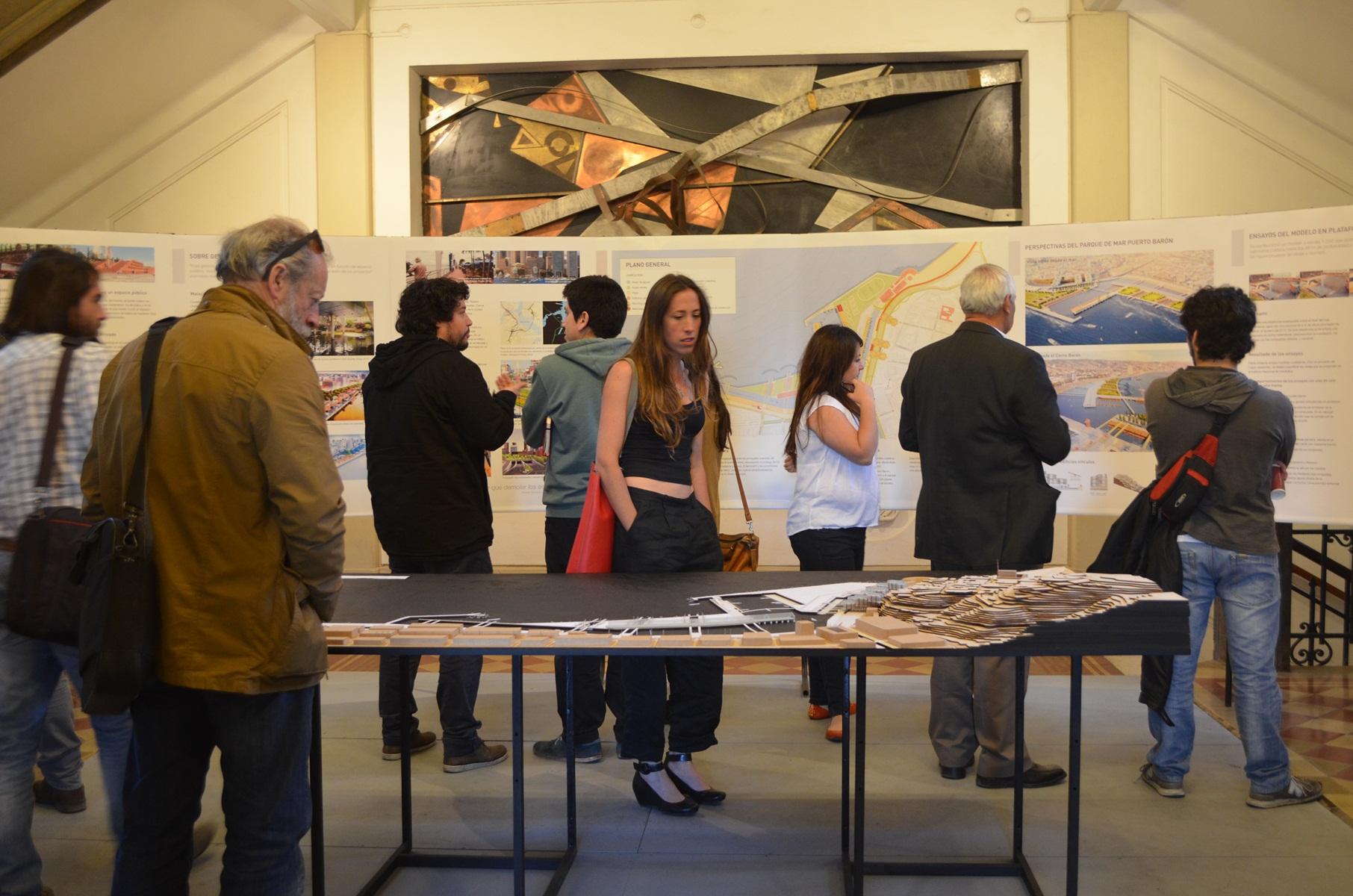 Exposición en Casa Central PUCV